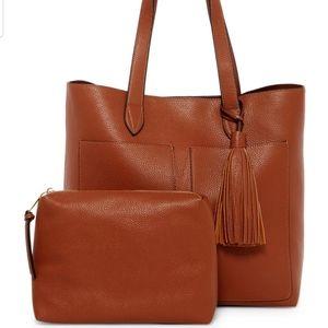 SOLD!!! Steve madden vegan leather tassel handbag